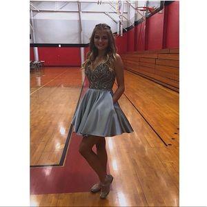 Dresses & Skirts - homecoming/semi formal dress